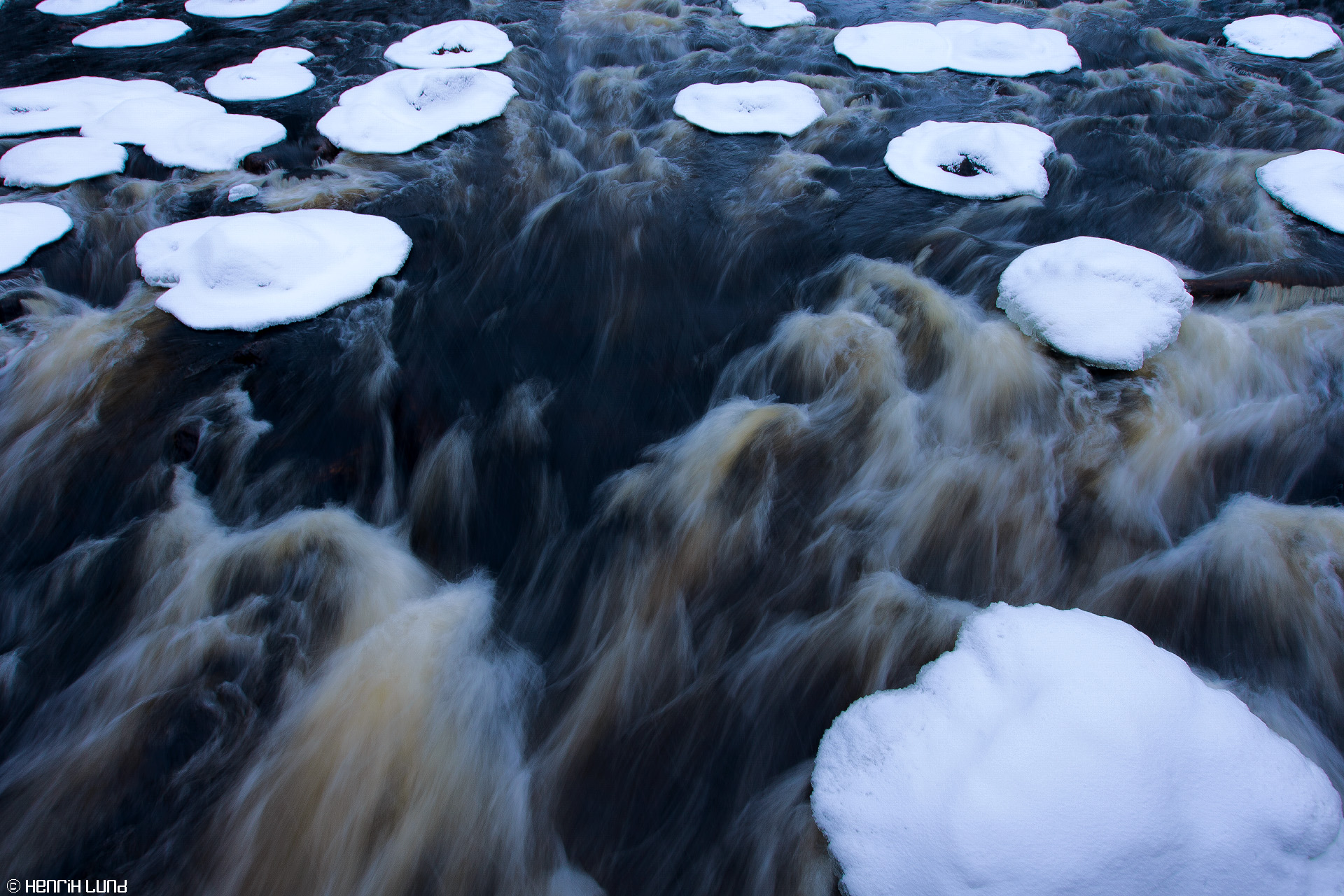 Myllykoski rapids in Valkeala, Kouvola. December 2014.
